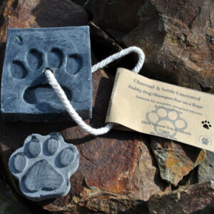 Dubby-Dog-Shampoo- Charcoal-Nettle-Unscented-bar and paw